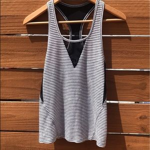 ❤️Splits59 cute striped tank!